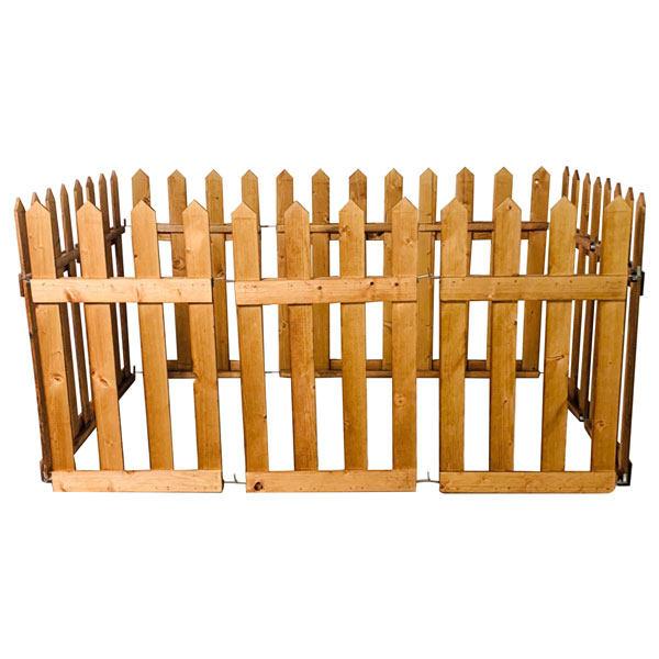 پارک چوبی مخصوص سگ